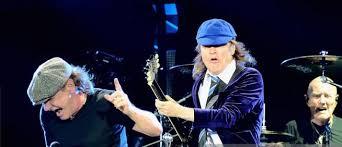 Ac/Dc rinviato il tour per problemi di salute di Brian Johnson
