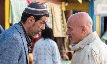 Non c'è più religione, commedia natalizia multietnica con Bisio e Gassmann