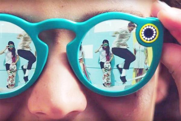Spectacles, gli occhiali di Snapchat ora disponibili online