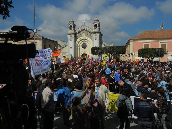 Locri, Giornata contro le mafie in 25mila oggi siamo tutti sbirri