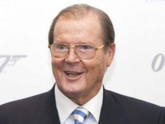 E' morto Roger Moore, l'agente segreto più longevo della saga di James Bond