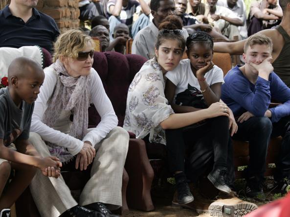 Madonna da settembre andrà a vivere in Portogallo