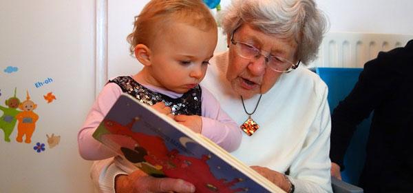 Nonni figura indispensabile o dannosa per i nipotini