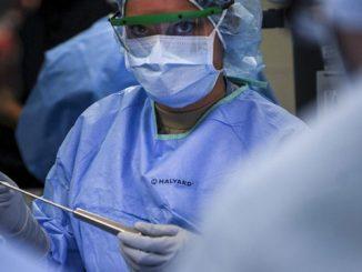tumore alle ovaie giovane mamma salvata
