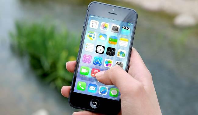 Servizi abusivi su smartphone segnalazioni dalla Polizia Postale