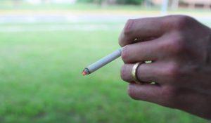 OMS troppo alcol e tabacco rischi altissimi per uomo
