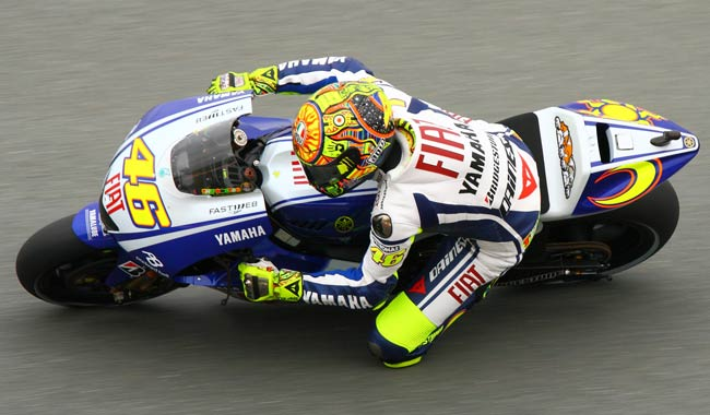 Valentino-Rossi-delude-nel-MotoGp-di-Valencia