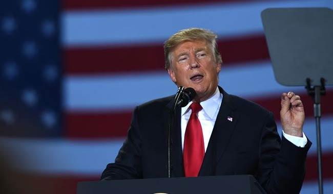 Donald Trump firma una tregua momentanea per i dazi con la Cina