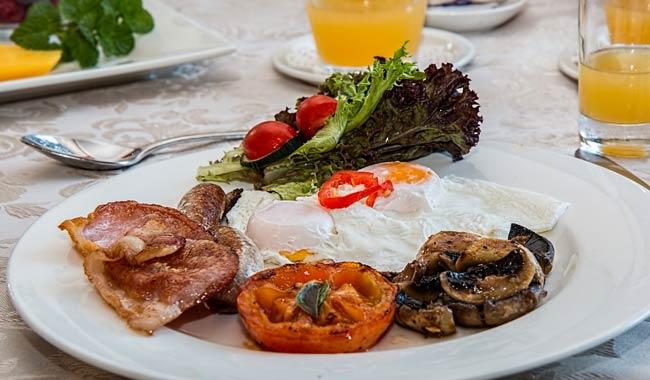 Quali sono i benefici di una dieta ricca di proteine