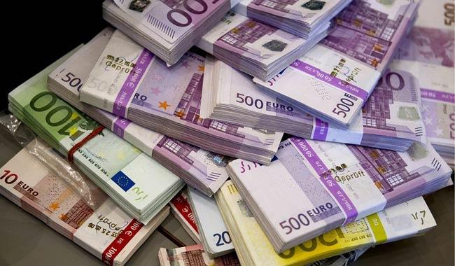 Monza trova 35 mila euro e li rende al proprietario
