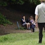 Depressione negli anziani, si evidenzia da come si cammina