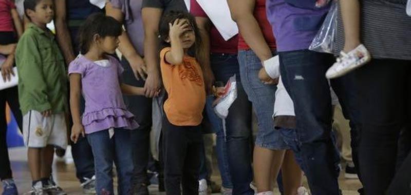 Migranti sbarchi in netto calo mentre aumentano i rimpatri