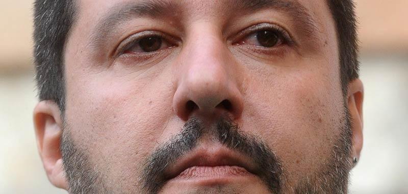 Salvini nuova arringa contro i centri sociali
