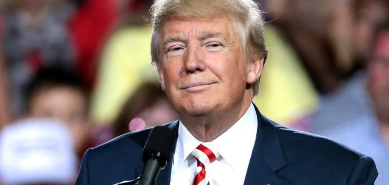 Donald Trump esplode nuovamente la guerra commerciale con la Cina