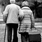 Roma, morti due anziani coniugi: suicidio per problemi economici?