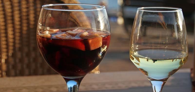 Sangria ecco di cosa fatta la sfiziosa e rinfrescante bevanda