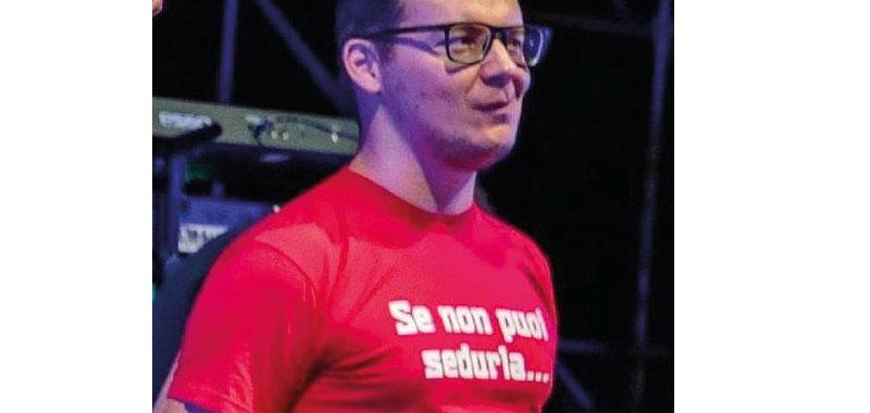 Verona vicesindaco esibisce una maglietta molto contestata