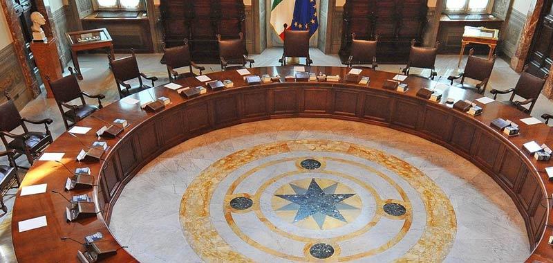 Alfonso Bonafede rischia la poltrona di ministro della giustizia