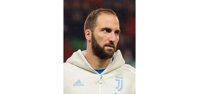 Higuain pare non voler tornare a giocare in Italia