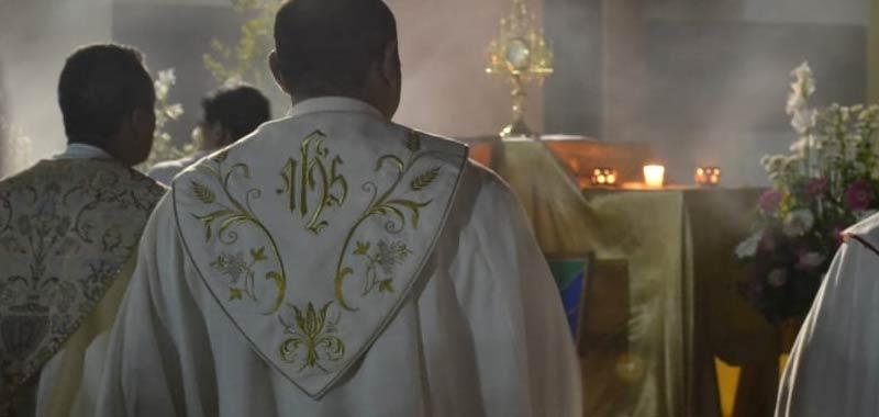 Firenze dimezzata la pena ad un prete pedofilo