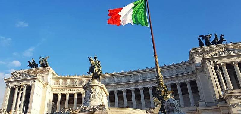 Italia richiude le frontiere per 13 paesi