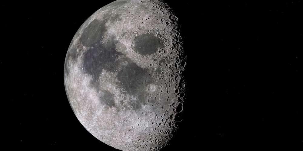 Intelligenza artificiale conta i crateri sulla Luna