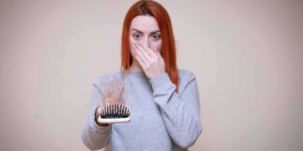 Quali sono le vitamine essenziali contro la caduta dei capelli