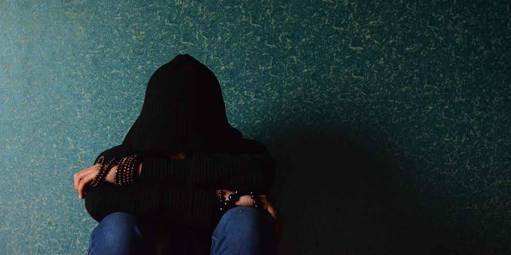 Bassa autostima Come aumentano i suicidi tra studenti